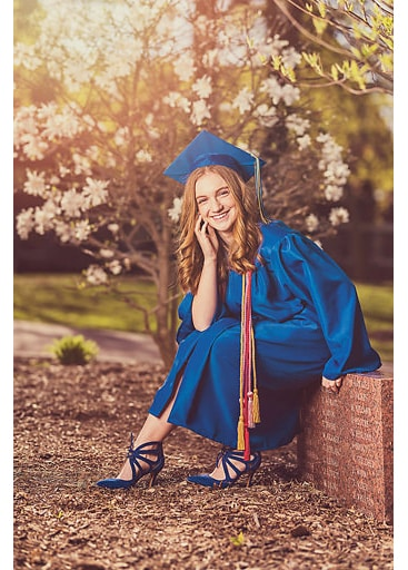 Senior Graduation Cap and Gown Milwaukee Germatown Waukesha (1)