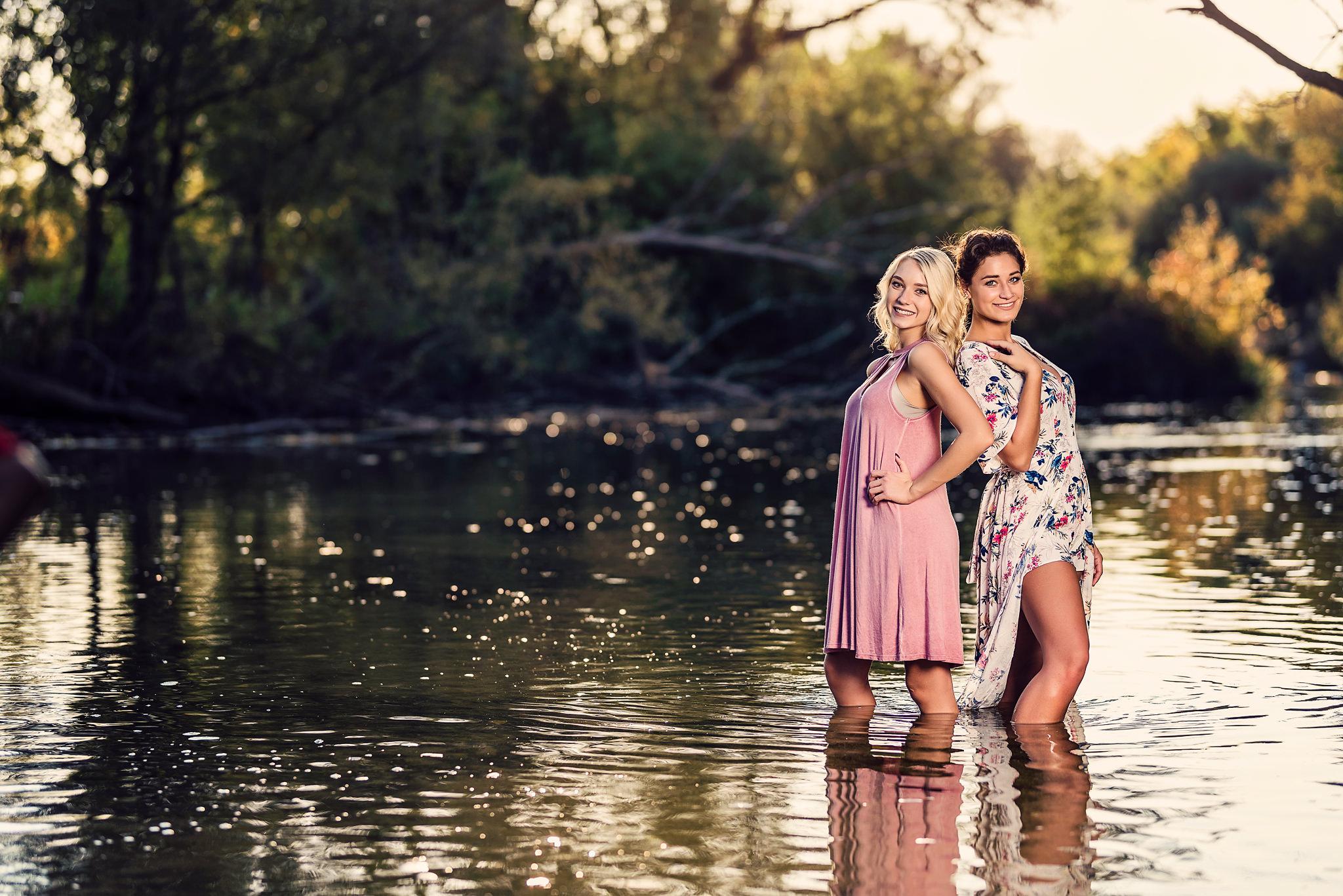 delafield-fish-hatchery-river-senior-pictures